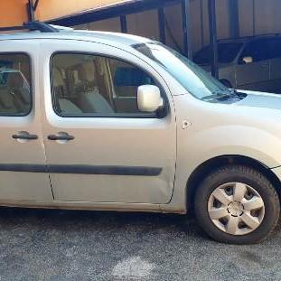 Renault Kangoo 1.5 dci con i posti